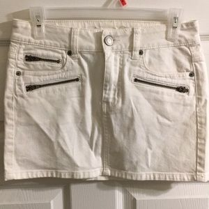American Eagle Outfitters mini skirt Size 2